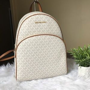 Michael Kors Large abbey Backpack